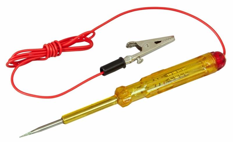 Автотестер универсальный Rexant. 16-010116-0101Универсальный автотестер предназначен для быстрой и эффективной диагностики электрооборудования автомобилей. Позволяет определить полярность напряжения (+/-), выявить обрыв проводки или проверить предохранители.Корпус выполнен из ударопрочного пластика и снабжен проводом с зажимом типа крокодил и световым индикатором.