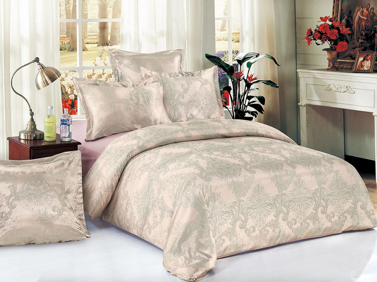 Комплект белья Versailles Пальмира, евро, наволочки 50x70, цвет: розовый80525Комплект постельного белья Versailles изготовлен из сатина, сотканного из хлопка с добавлением вискозных волокон. Белье дарит приятные тактильные ощущения на протяжении всего сна, а уникальные жаккардовые узоры придают танки мягкий блеск и обеспечивают материалу особую прочность. Постельное белье Versailles - отличный подарок на любое торжество и идеальный выбор для взыскательных покупателей. Комплект состоит из пододеяльника, простыни и четырех наволочек. Состав: хлопок 70%, вискоза 30%