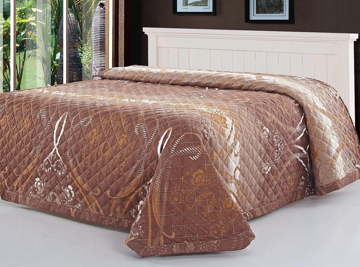 Покрывало Венеция, цвет: коричневый, 150 х 200 см. 7606-0785438Роскошное покрывало Венеция идеально для декора интерьера в различных стилевых решениях. Покрывало изготовлено из полиэстера, благодаря чему оно вас согреет в прохладную погоду. Изделие подходит для любого интерьера, выполнено с принтом и дополнено прострочкой, не мнется, отлично драпируется и держит форму, не электризуется, обладает мягкой и бархатистой фактурой.