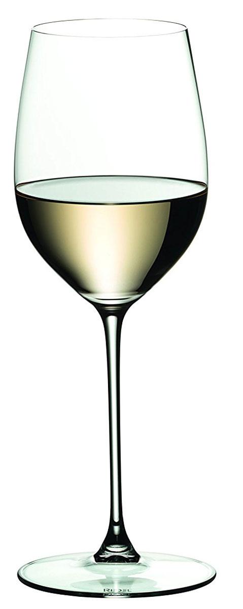 """Бокал Riedel """"Viognier / Chardonnay"""", выполненный из высококачественного стекла,  предназначен для подачи белого вина. Он сочетает в себе элегантный дизайн и  функциональность. Благодаря такому бокалу пить напитки будет еще вкуснее. Бокал Riedel """"Viognier / Chardonnay"""" прекрасно оформит праздничный стол и создаст  приятную атмосферу за романтическим ужином. Такой бокал также станет хорошим  подарком к любому случаю. Можно мыть в посудомоечной машине. Диаметр бокала (по верхнему краю): 6 см.  Высота бокала: 22,2 см."""