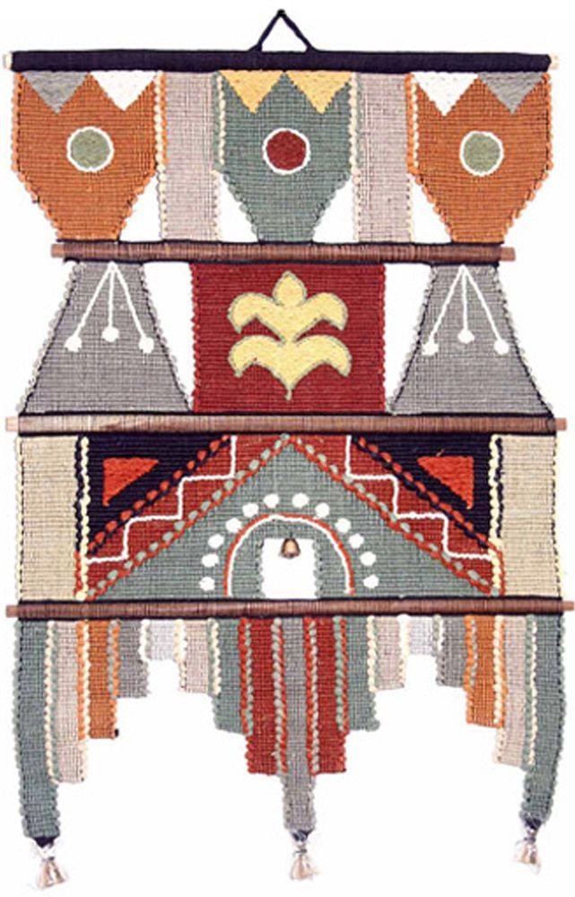 Коврик декоративный India Cotton, 35 х 53 см. 253AL253ALКоврик декоративный ручной работы.Произведен в деревнях Индии, с вековыми традициями в изготовлении хлопковых изделий.Служит идеальным украшением Вашего интерьера, отличный подарок по любому случаю. Этнический оберег, колокольчиками отгоняющий зло и привлекающий блага.Изделия ручной работы могут немного отличаться от товара, представленного на фото, например, цветовыми нюансами, отделкой.Внимание: коврик не подлежит стирке!