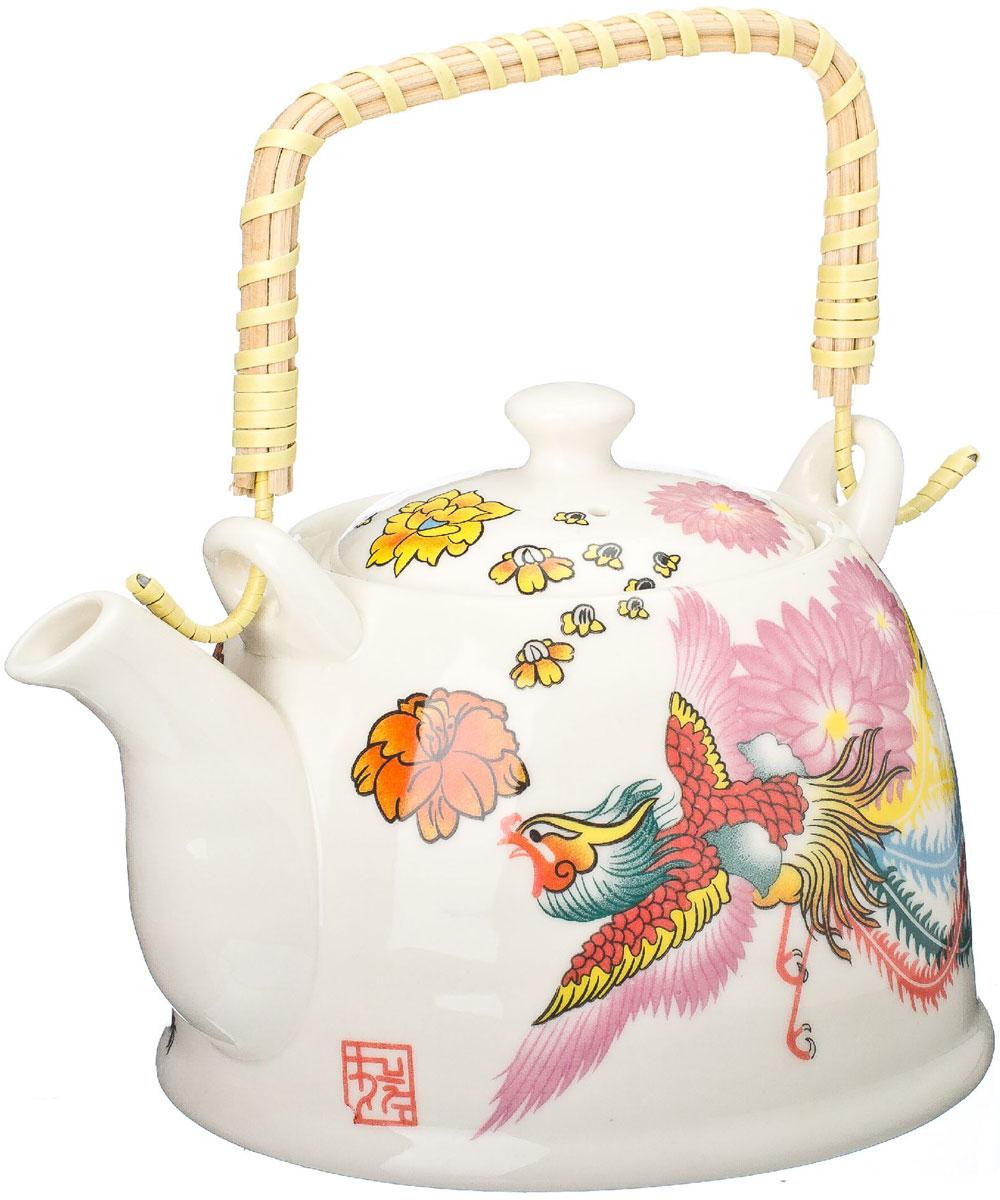 Чайник заварочный Vetta Райская птица, с фильтром, 900 мл839018Украсьте свое чаепитие изысканным чайником Vetta Райская птица, декорированный красочным изображением. В чайнике имеется металлическое ситечко, ручка чайника декорирована бамбуковым волокном. В этом красивом чайнике чай получается очень насыщенным, ароматным и долго остается горячим.Упакован в подарочный короб, что может послужить отличным подарком родным и близким.