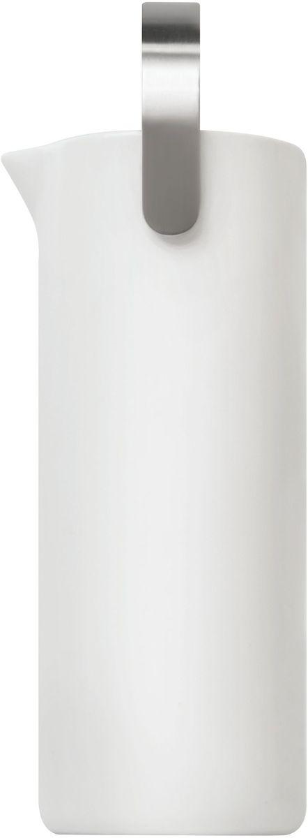 Кувшин Umbra Savore, 1, 1 л461061-670Кувшин Umbra Savore изготовлен из керамики и металла. Оснащен удобной никелированной ручкой.Универсальный дизайн кувшина идеально подойдет для любой кухни.Объем: 1, 1 л