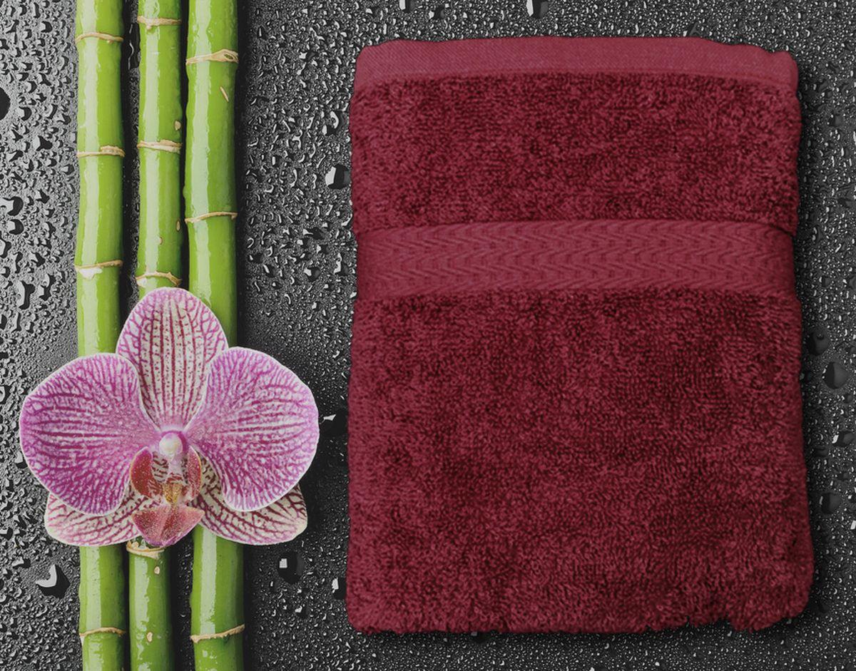 Полотенце Amore Mio GX Classic, цвет: бордовый, 50 х 90 см84530Amore Mio GX Classic - это махровое полотенце отличного качества, оно выполнено из 100% хлопка. Яркие цвета выполнены качественным красителем BASF из Германии. Полотенце сохранит насыщенность цвета на долгое время. Мягкость и пушистость этого полотенца вас приятно удивит.
