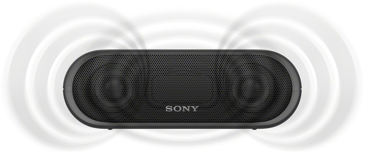 Sony SRS-XB20, Black портативная акустическая системаSRSXB20B.RU2Раскачайте вечеринку по полной, включив беспроводную акустическую систему SRS-XB20 с мощными басами и стильной подсветкой.Чтобы раскачать вечеринку, просто нажмите кнопку EXTRA BASS. Двойные пассивные излучатели в сочетании с полнодиапазонными стереодинамиками усиливают звучание низких частот, придавая им неожиданную глубину для такой компактной системы.Одноцветная линейная подсветка привлечет внимание гостей к стильному дизайну этой беспроводной акустической системы.Компактную беспроводную систему SRS-XB20 можно брать с собой куда угодно: она удобна в переноске, не боится воды и не разрядится до самого окончания вечеринки.Любимая музыка будет с вами всегда и везде, даже у бассейна или на берегу моря: благодаря защите IPX5 эта беспроводная акустическая система не боится воды.Слушайте музыку весь день напролет: эта система работает от аккумулятора до 12 часов, а когда понадобится подзарядка, система сама сообщит вам голосовым уведомлением.Устройте настоящую танцевальную вечеринку, объединив до 10 динамиков по Bluetooth в одну беспроводную систему с помощью функции Party Chain для одновременного воспроизведения музыки и настройки световых эффектов.Быстро и легко управляйте воспроизведением со смартфона через приложение Sony | Music Center (ранее называвшееся SongPal). Просто установите приложение и регулируйте звук, подсветку и прочие настройки.