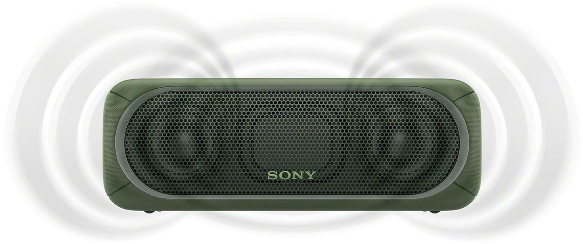 Sony SRS-XB30, Green портативная акустическая системаSRSXB30G.RU4Если у вас есть беспроводная акустическая система SRS-XB30, ходить по дискотекам больше не нужно: технология EXTRA BASS и яркие световые эффекты превратят вашу гостиную в настоящий ночной клуб.Чтобы раскачать вечеринку, просто нажмите кнопку EXTRA BASS. Двойные пассивные излучатели в сочетании с полнодиапазонными стереодинамиками усиливают звучание низких частот, придавая им неожиданную глубину для такой компактной системы.Многоцветная линейная подсветка и стробоскоп создадут у вас в гостиной атмосферу ночного клуба.Компактную беспроводную систему SRS-XB30 можно брать с собой куда угодно: она удобна в переноске, не боится воды и не разрядится до самого окончания вечеринки.Любимая музыка будет с вами всегда и везде, даже у бассейна или на берегу моря: благодаря защите IPX5 эта беспроводная акустическая система не боится воды.Устройте настоящую танцевальную вечеринку, объединив до 10 динамиков по Bluetooth в одну беспроводную систему с помощью функции Party Chain для одновременного воспроизведения музыки и настройки световых эффектов.Быстро и легко управляйте воспроизведением со смартфона через приложение Sony | Music Center (ранее называвшееся SongPal). Просто установите приложение и регулируйте звук, подсветку и прочие настройки.Слушайте музыку без проводов в непревзойденном качестве: кодек LDAC позволяет передавать примерно втрое больше данных (на макс. скорости 990 кбит/с) по сравнению со стандартным протоколом Bluetooth.Подключите смартфон по NFC, просто приложив его к акустической системе, - и начинайте веселиться.Подключите смартфон по USB для одновременной зарядки и воспроизведения музыки.
