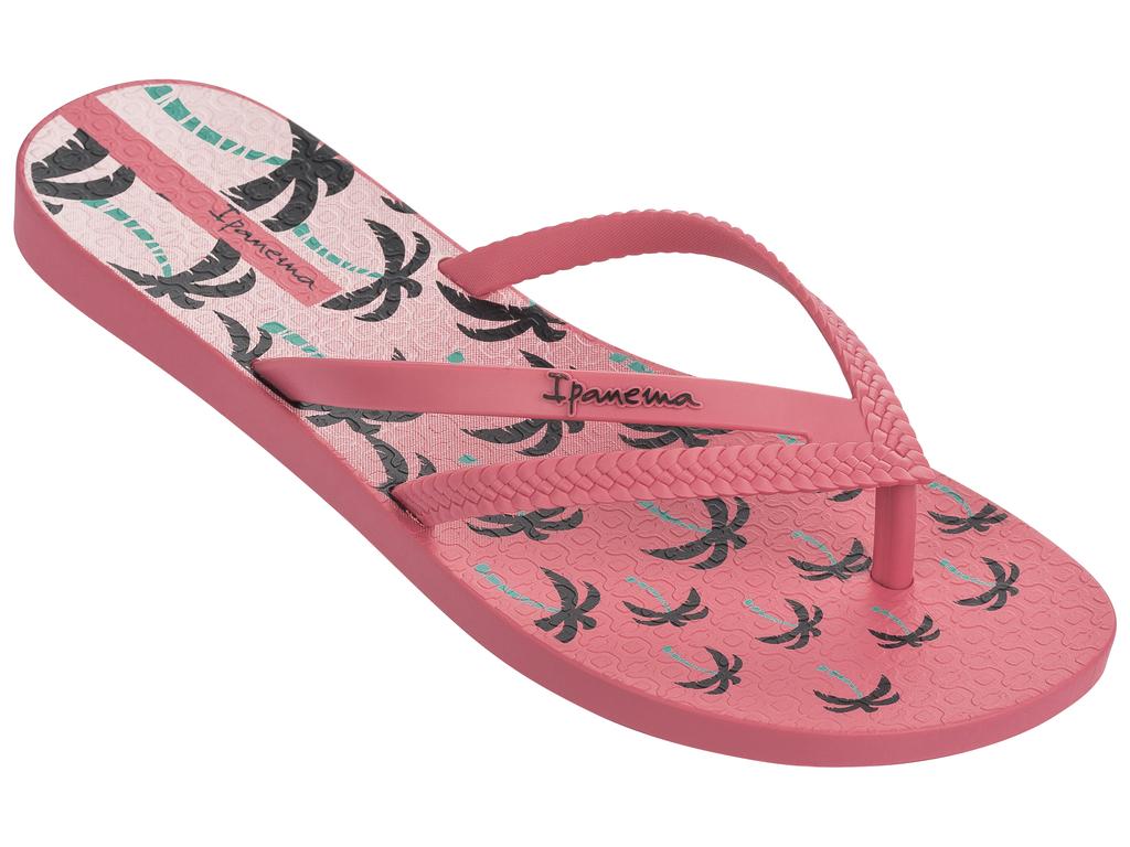 Сланцы женские Ipanema Bossa Print Fem, цвет: розовый. 25899. Размер 37 (36)25899-20791Стильные и очень легкие сланцы от Ipanema - придутся вам по душе. Верх модели выполнен из поливинилхлорида. Ремешки с перемычкой гарантируют надежную фиксацию изделия на ноге. Стелька украшена стильным рисунком. Верх изделия дополнен логотипом бренда. Рифление на верхней поверхности подошвы предотвращает выскальзывание ноги. Рельефное основание подошвы обеспечивает уверенное сцепление с любой поверхностью. Удобные сланцы прекрасно подойдут для похода в бассейн или на пляж.