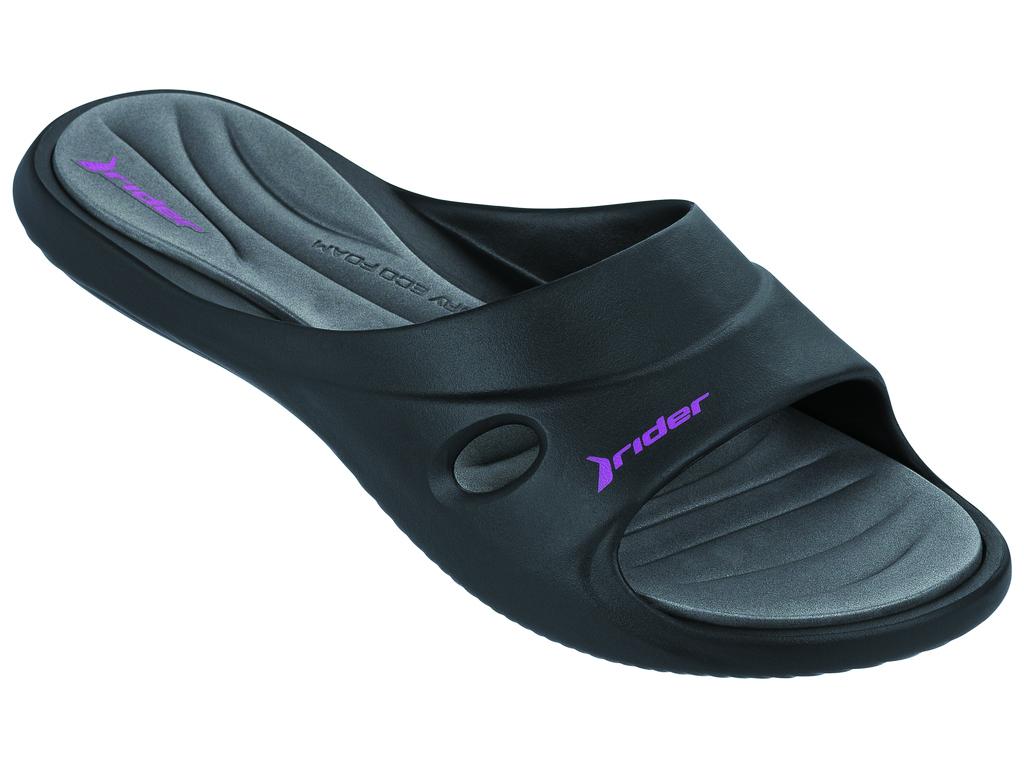 Шлепанцы женские Rider Slide Feet Vii Fem, цвет: черный, серый. 81907-23404. Размер 33/34 (34/35)81907-23404Женские шлепанцы Slide Feet Vii Fem от Rider выполнены из ПВХ. Верх дополнен перфорацией. Стелька из материала ЭВА комфортна при движении. Основание подошвы дополнено рифлением.