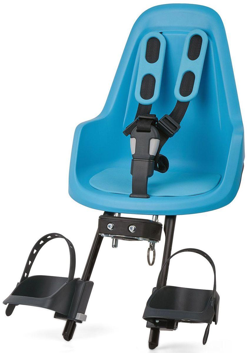 Велокресло переднее Bobike One Mini, крепление на руль, цвет: голубой8012000005Bobike One Mini позволит исследовать город вам и вашему малышу по уникальному, и главное безопасному маршруту. Двухслойная конструкция кресла обеспечивает непревзойдённый уровень безопасности ребёнка. Кресло оборудовано мягкими нескользящими наплечными ремнями с надёжной застёжкой для удержания ребёнка в правильной позиции. Кресло оснащено водоотталкивающей гасящей вибрации подкладкой. Система крепления Click & Go позволяет быстро и без инструментов установить и снять велокресло, а также переставить его между разными велосипедами. Фронтальные кресла Mini совместимы с интегрированными Выносами городских велосипедов диаметром от 22 до 35 мм и штоками вилок горных велосипедов диаметром 1,1/8 дюйма.- Крепление на руль;- Нескользящие наплечные ремни с надёжной застёжкой;- Подкладка из водоотталкивающего, гасящего вибрации материала;- Регулируемые подножки, настраиваемые без инструментов;- Шестигранник для установки кресла в комплекте;- Голландский дизайн;- Сделано в Европе;- Для детей от 8 месяцев до 3-х лет или весом до 15 кг.