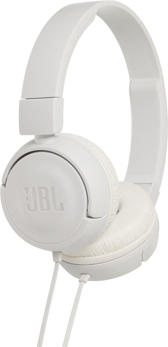 JBL T450, White наушникиJBLT450WHTПредставляем накладные наушники JBL T450. Внутри корпуса находится пара 32-мм динамиков, способных выдавать весьма впечатляющие басы и воспроизводить мощный звук JBL Pure Bass, который можно слышать в концертных залах, на спортивных аренах и в звукозаписывающих студиях по всему миру. А еще эти складные наушники легкие, удобные и компактные. Благодаря удобству неспутывающегося плоского кабеля с пультом управления и микрофонами эти наушники станут для вас отличным спутником для повседневного использования на работе, дома и в дороге.
