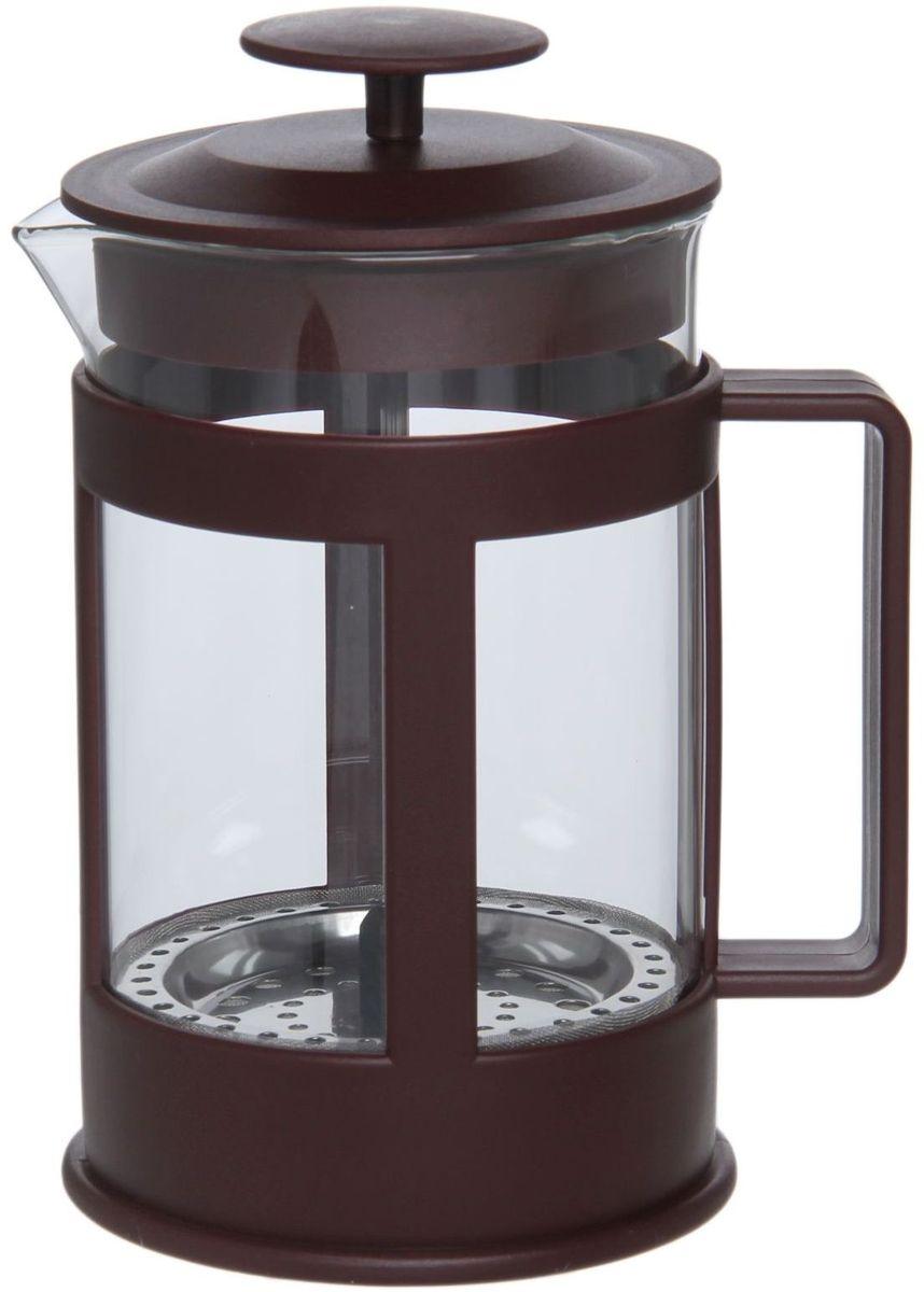 Френч-пресс Доляна Классика, цвет: коричневый, прозрачный, 800 мл1075434Френч-пресс Доляна Классика - замечательное приспособление для приготовления чая и кофе. Он пользуется огромным спросом у любителей этих напитков, ведь изделие довольно простое в использовании и имеет ряд преимуществ. Чай в нем быстрее заваривается, емкость позволяет наиболее полно раскрыться вкусовым качествам напитка. Вы можете готовить кофе и чай с любимыми специями и травами.Чтобы приготовить кофе, сначала вам нужно перемолоть зерна. Степень помола - грубая. Вскипятите воду. Насыпьте кофе в изделие и медленно залейте его кипятком из чайника. Наполните приспособление до середины, подождите 1 минуту и долейте остальное. Накройте крышкой, пусть напиток настоится еще 3 минуты. Медленно опустите поршень. Оставьте кофе на 3 минуты, чтобы опустился осадок. Ваш напиток готов!