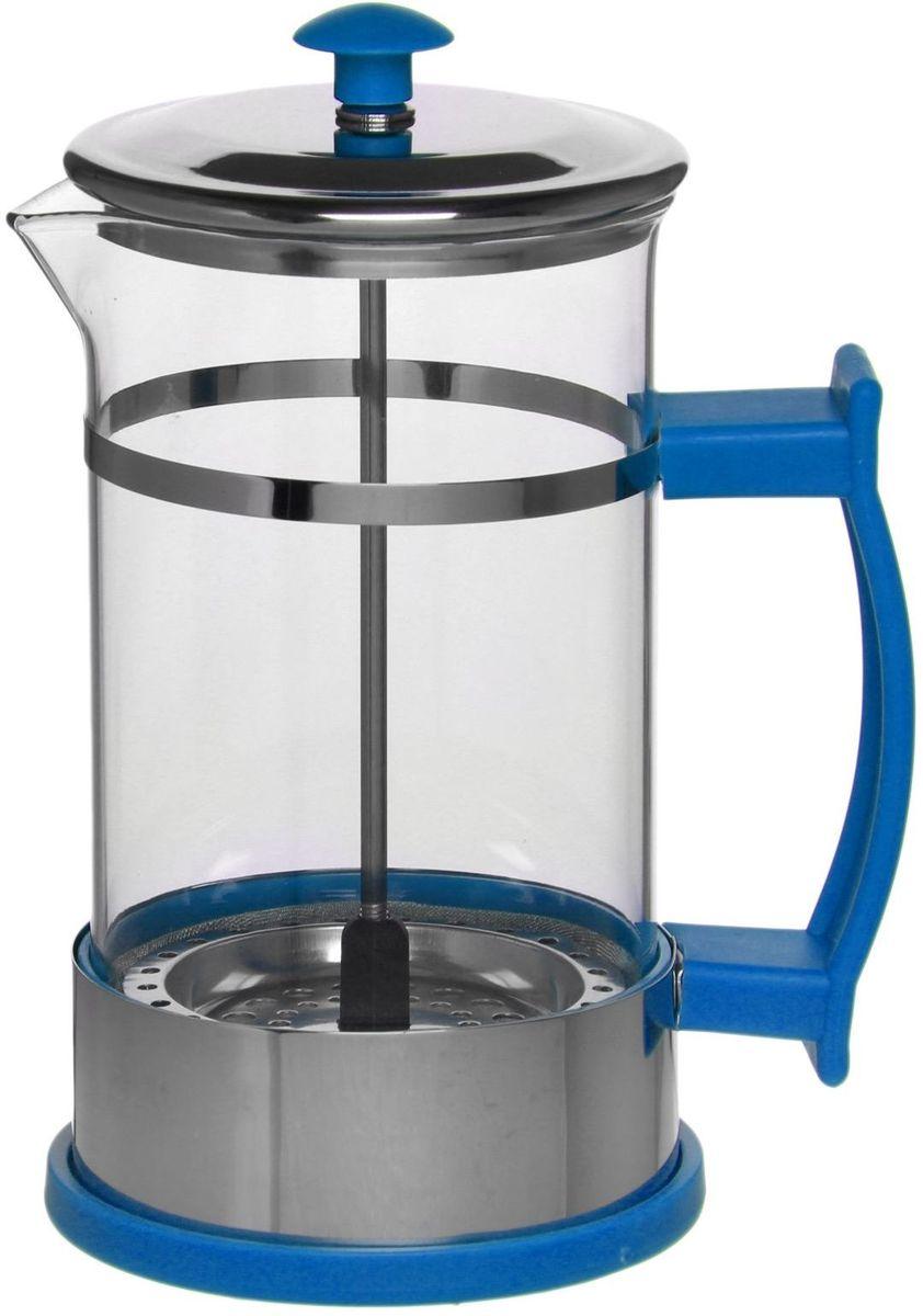 Френч-пресс Доляна Риц, цвет: синий, 600 мл1075461Френч-пресс —приспособление для приготовления чая и кофе. Он пользуется огромным спросом у любителей этих напитков, ведь изделие довольно простое в использовании и имеет ряд других преимуществ: чай в нём быстрее заваривается; ёмкость позволяет наиболее полно раскрыться вкусовым качествам напитка; вы можете готовить кофе и чай с любимыми специями и травами. Как сделать вкусный кофе при помощи френч-пресса? Сначала вам нужно перемолоть зёрна. Степень помола — грубая. Вскипятите воду. Насыпьте кофе в изделие и медленно залейте его кипятком из чайника. Сначала наполните приспособление до середины, подождите 1 минуту и долейте остальное. Накройте крышкой, пусть напиток настоится ещё 3 минуты. Медленно опустите поршень. Оставьте кофе на 3 минуты, чтобы опустился осадок. Ваш напиток готов!