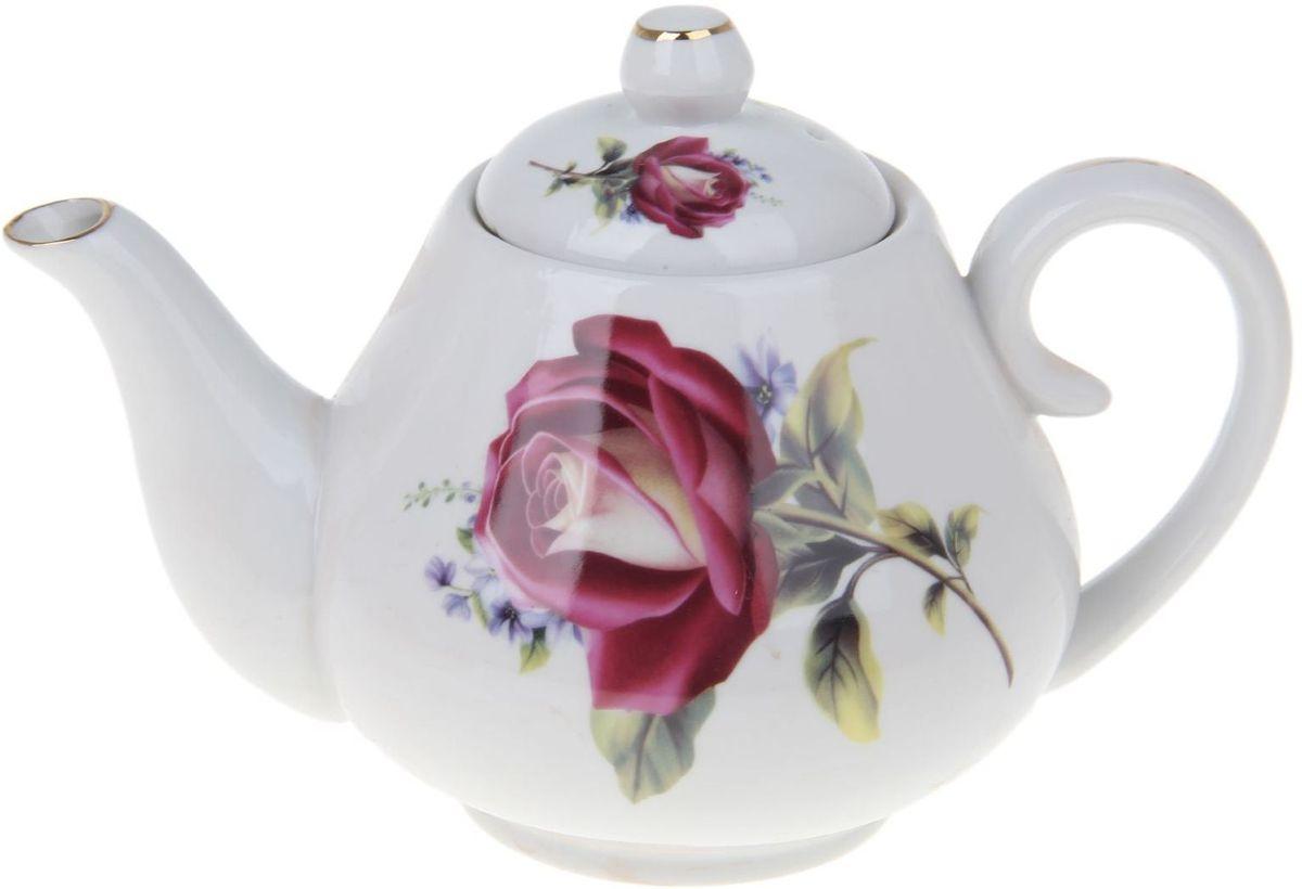 Чайник заварочный Доляна Валентина, 900 мл1169109Чайник заварочный Доляна выполнен из высококачественной керамики. Посуда отличается прозрачностью и белизной, она неприхотлива и не требует особых условий хранения. Материал изделия долгое время сохраняет тепло, нейтрален к пищевым продуктам, легко моется. Чайник имеет традиционную форму, дополнен ярким цветочным рисунком и золотистой эмалью. Высокие эксплуатационные качества делают изделие удачным выбором для повседневного использования и сервировки праздничного стола.