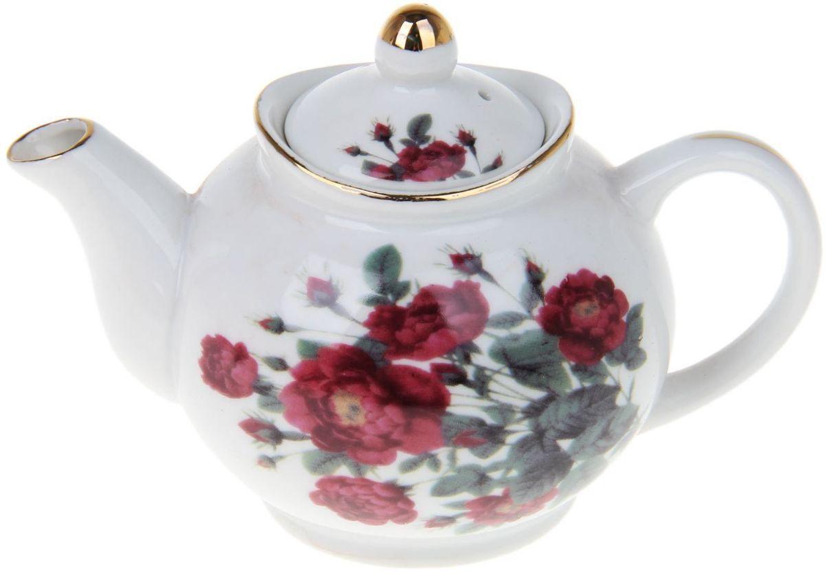 Чайник заварочный Доляна Дикий шиповник, 230 мл1169129Чайник заварочный Доляна выполнен из высококачественной керамики. Посуда отличается прозрачностью и белизной, она неприхотлива и не требует особых условий хранения. Материал изделия долгое время сохраняет тепло, нейтрален к пищевым продуктам, легко моется. Чайник имеет традиционную форму, дополнен ярким цветочным рисунком и золотистой эмалью. Высокие эксплуатационные качества делают изделие удачным выбором для повседневного использования и сервировки праздничного стола.