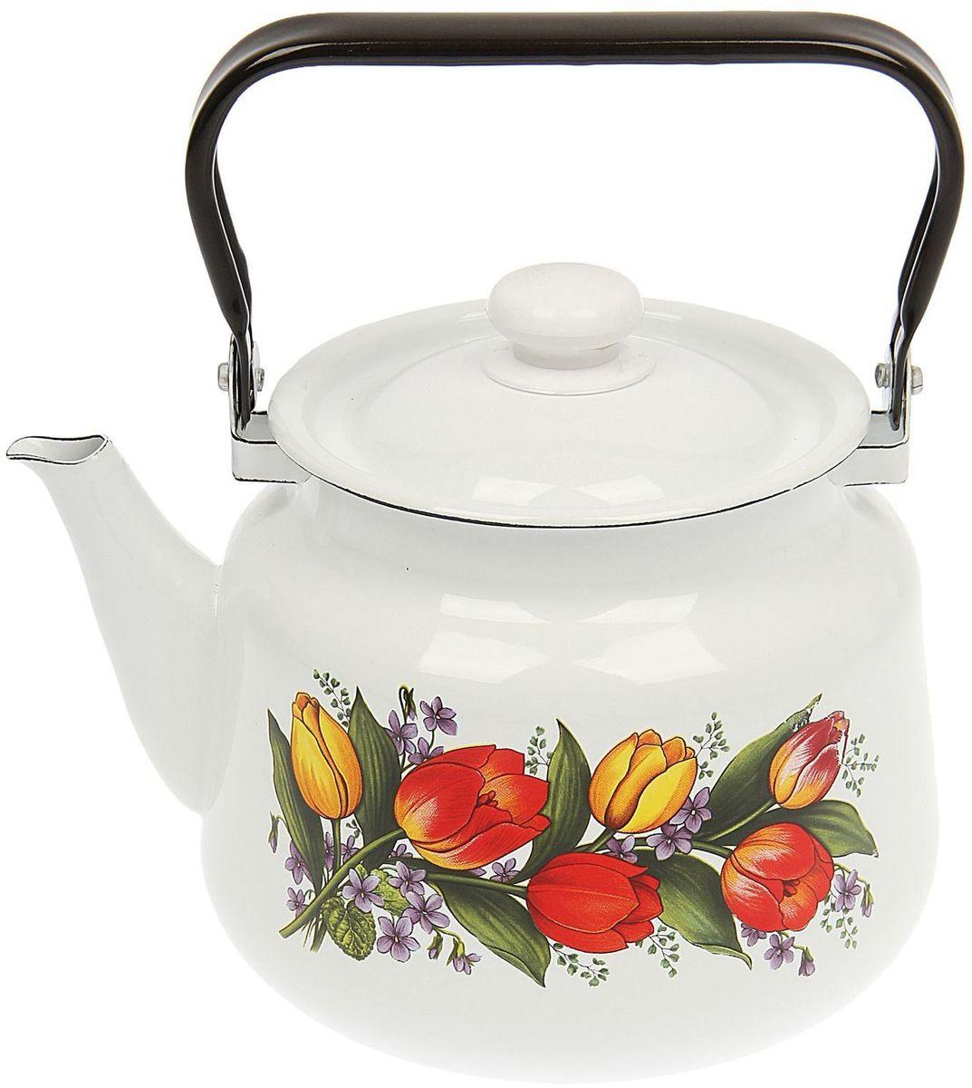Чайник эмалированный Epos Весенний букет, 3,5 л. 14445041444504Чайник Epos Весенний букет выполнен из высококачественной стали с эмалированным покрытием. Поверхность чайникагладкая, что облегчает уход за ним. Большой объемпозволит приготовить напиток для всей семьи илинебольшой компании. Эстетичный и функциональный чайник будеторигинально смотреться в любом интерьере. Душевная атмосфера и со вкусом накрытый стол всегда будут собирать в вашем доме близких и друзей.Чайник подходит для использования на всех типах плит,включая индукционные. Объем: 3,5 л.