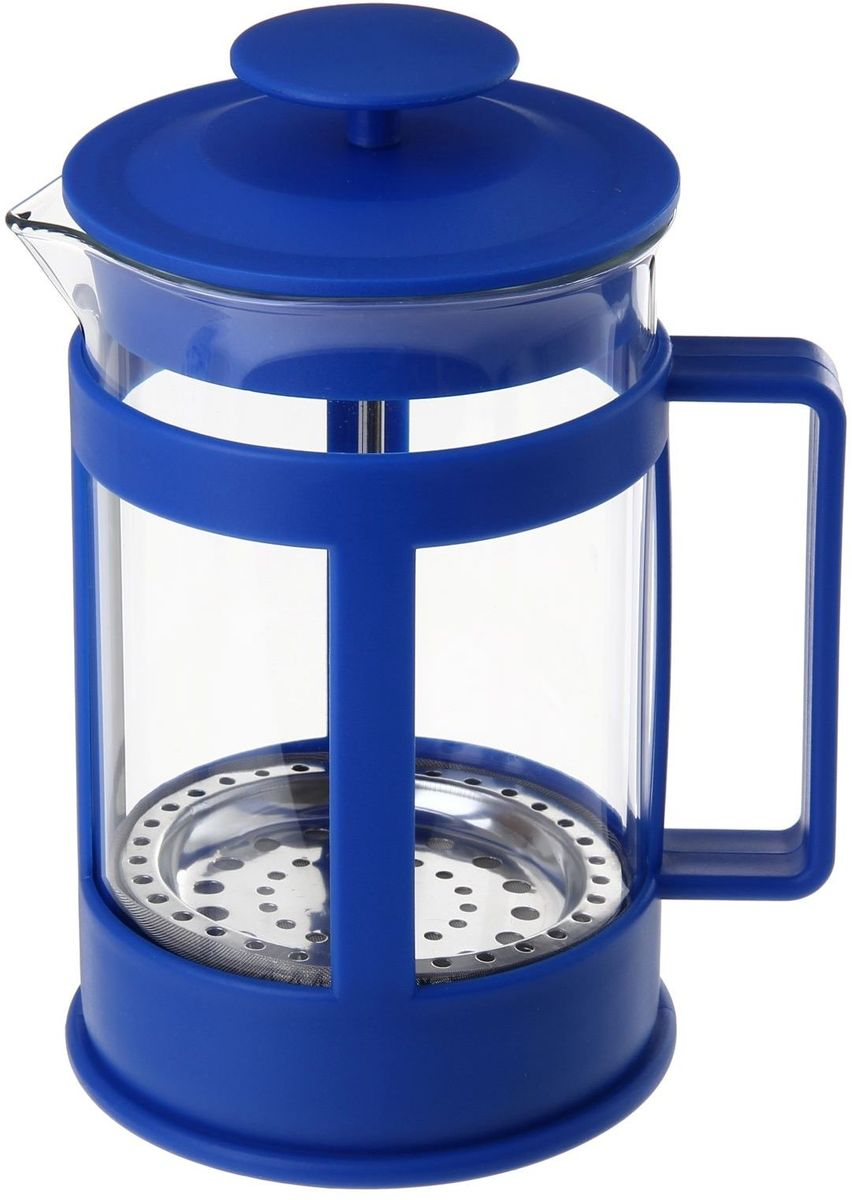 Френч-пресс Доляна Классика, цвет: синий, прозрачный, 350 мл863187Френч-пресс Доляна Классика - замечательное приспособление для приготовления чая и кофе. Он пользуется огромным спросом у любителей этих напитков, ведь изделие довольно простое в использовании и имеет ряд преимуществ. Чай в нем быстрее заваривается, емкость позволяет наиболее полно раскрыться вкусовым качествам напитка. Вы можете готовить кофе и чай с любимыми специями и травами. Чтобы приготовить кофе, сначала вам нужно перемолоть зерна. Степень помола - грубая. Вскипятите воду. Насыпьте кофе в изделие и медленно залейте его кипятком из чайника. Наполните приспособление до середины, подождите 1 минуту и долейте остальное. Накройте крышкой, пусть напиток настоится еще 3 минуты. Медленно опустите поршень. Оставьте кофе на 3 минуты, чтобы опустился осадок. Ваш напиток готов!
