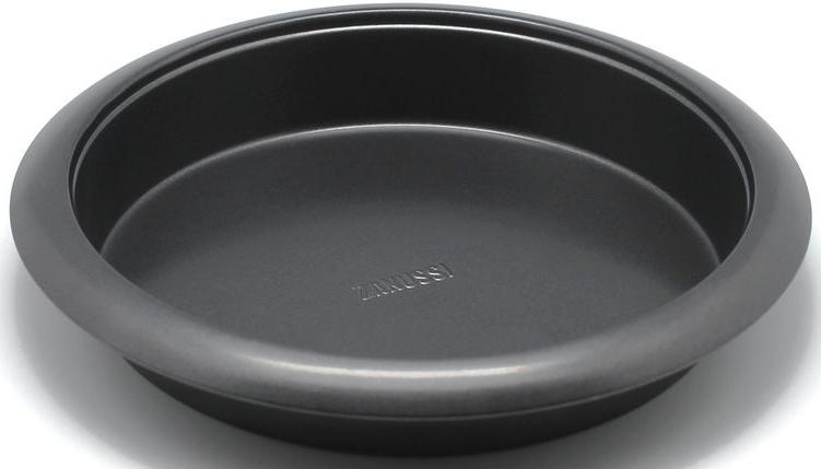 Форма для выпечки Zanussi Taranto, кругл 27 см, цвет: черный. ZAC11211BFZAC11211BFКоллекция форм серии Taranto является хорошим приобретением любой хозяйки. Товар бренда Zanussi - металлические формы - пользуется высоким спросом, его отличает высокое качество и удобный размер. Изделия выполнены из толстой углеродистой стали. Форма имеет антипригарное покрытие и утолщенные стенки, которые гарантируют равномерное пропекание изделия. Можно использовать в духовке до 230 градусов. Главное преимущество стальных форм - это абсолютная химическая нейтральность и экологичность.