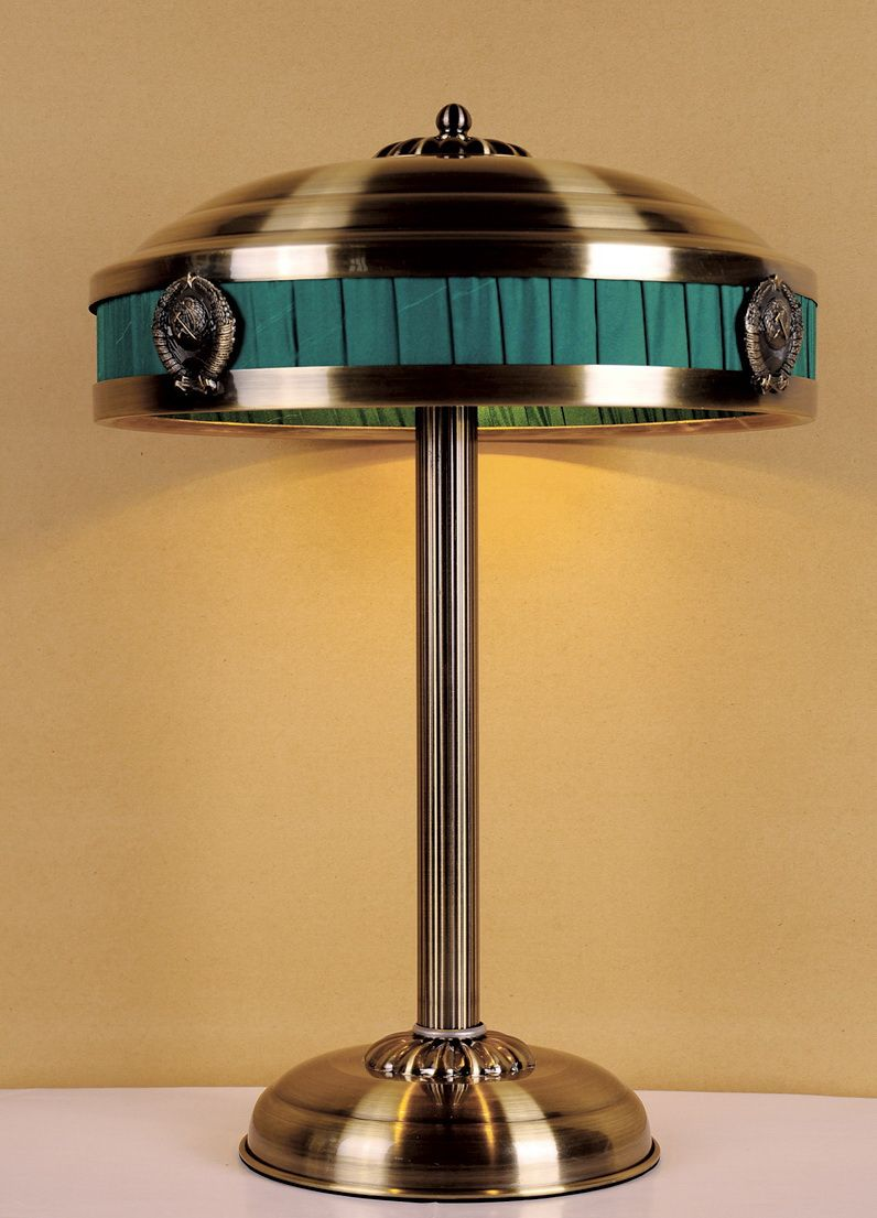 Лампа настольная Favourite Cremlin, 3 х E14, 40. 1274-3T1274-3T