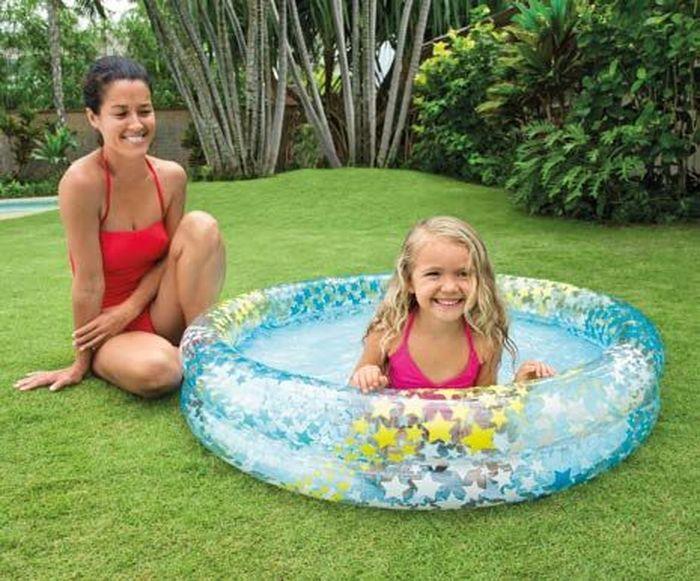 Надувной бассейн Intex Шарики, 122 х 25 см, от 3 лет. с59421с59421Надувной бассейн Intex Шарики - это прекрасный надувной бассейн, который предназначен для детей от 3-х лет. Благодаря его низким бортикам ребенок сможет сам забираться в воду. Модель изготовлена из высококачественного и прочного материала.Характеристики:Бассейн из винила, толщина материала кольца 0.20мм, толщина материала дна 0.18ммОбъем: 134 л при 80% наполнении(18cm).Толщина материала (см): 0,18