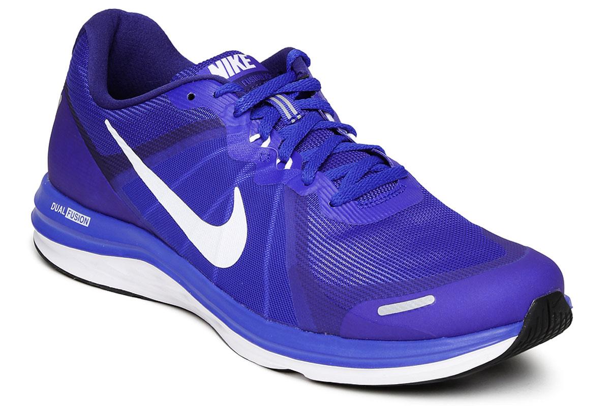 Кроссовки для бега мужские Nike Dual Fusion X 2, цвет: синий. 819316-401. Размер 11 (45)819316-401Мужские беговые кроссовки Dual Fusion X 2 от Nike выполнены из текстиля и дополнены бесшовными накладками. Нити Flywire в средней части стопы обеспечивают надежную фиксацию. Подкладка и стелька из текстиля обеспечивают комфорт. Шнуровка надежно зафиксирует модель на ноге. Подошва дополнена рифлением. Эластичные желобки на подошве для дополнительной свободы движений.
