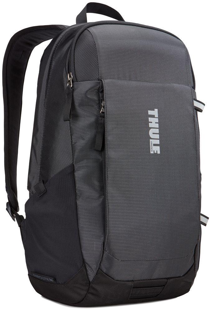 Рюкзак городской Thule EnRoute Daypack, цвет: черный, 18 л3203432Рюкзак Thule EnRoute Daypackвместительностью 18 л оснащен защитой для ноутбуков SafeEdge. Он отлично подходит как для повседневных поездок, так и для походов выходного дня.Отделение с мягкой подкладкой и конструкцией SafeEdge для ноутбука (MacBook Pro® с диагональю экрана 15 дюймов или ПК с диагональю экрана 14 дюймов).Защитный карман с мягкой подкладкой для планшета.Отделение SafeZone с жесткими краями и мягкой подкладкой для ценных вещей, например очков или телефона . Быстрый доступ к небольшим предметам через передний карман.Потайные петли со светоотражающими деталями.Внутренний карман на молнии для небольших предметов . Воздухопроницаемая задняя панель обеспечивает комфорт при переноске . Точка крепления проблескового фонаря для дополнительной безопасности при передвижении . В растягивающийся сетчатый боковой карман удобно ставить бутылку воды. Размеры : 27 x 23 x 44 см
