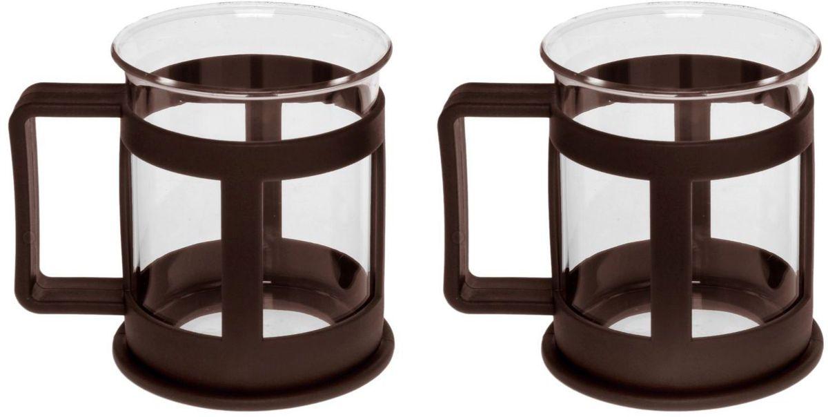 Набор кружек Доляна Классика, цвет: коричневый, 200 мл, 2 шт07C1334LM_прозрачный, желтыйПрактичный набор кружек пригодится каждому человеку. Поставьте его на кухне, возьмите с собой на работу, в поход или путешествие: качественные изделия не подведут вас. Достоинства: удобный пластиковый подстаканник защищает стеклянный корпус; ручка не нагревается от горячих напитков; изделие легко мыть; необычный дизайн освежает интерьер. При необходимости стеклянная часть кружки может быть извлечена. Делайте свою жизнь комфортнее!