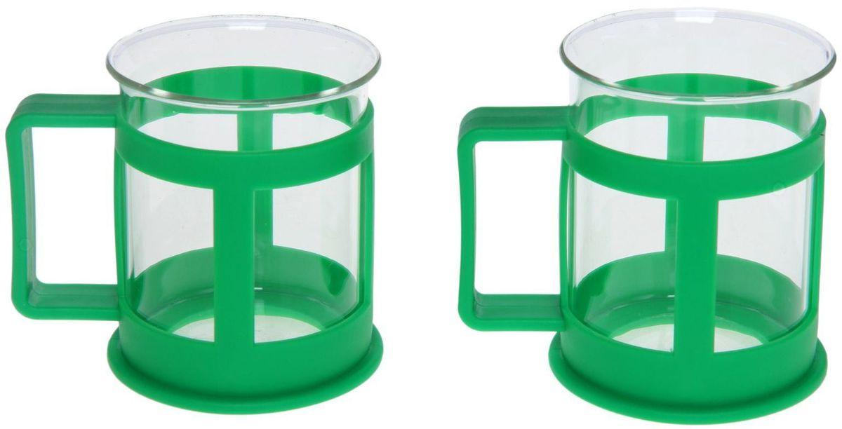 Набор кружек Доляна Классика, цвет: зеленый, 200 мл, 2 шт1075429Практичный набор кружек пригодится каждому человеку. Поставьте его на кухне, возьмите с собой на работу, в поход или путешествие: качественные изделия не подведут вас.Достоинства:удобный пластиковый подстаканник защищает стеклянный корпус;ручка не нагревается от горячих напитков;изделие легко мыть;необычный дизайн освежает интерьер.При необходимости стеклянная часть кружки может быть извлечена.Делайте свою жизнь комфортнее!