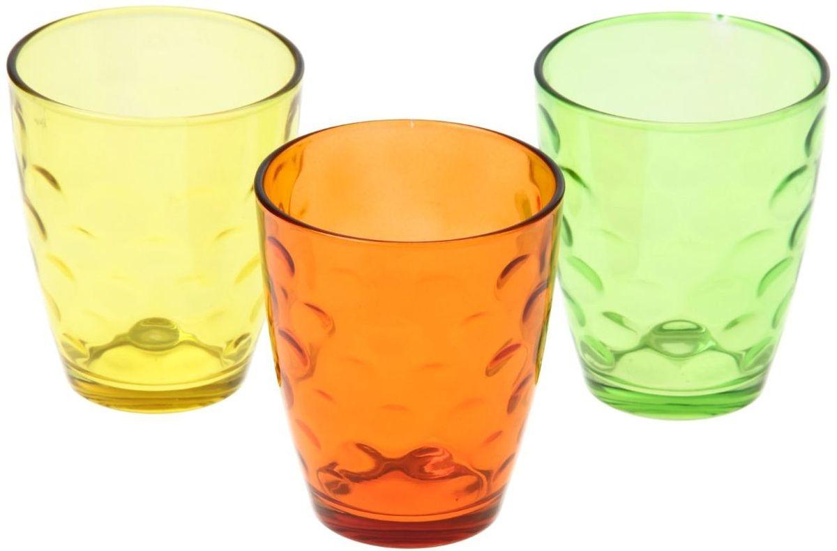 Набор стаканов Доляна Венский вальс. Осень, 400 мл, 3 шт335175Набор стаканов Доляна Венский вальс подходит для повседневного использования. Набор состоит из 3 стаканов. Они выполнены изпрозрачного стекла, окрашенного вяркий цвет, и порадуют каждого ценителя качественной посуды. Достоинства: - оригинальный дизайн делает предметы украшением интерьера; - материал не впитывает запахов; - поверхность легко отмывается. Чтобы предметы радовали внешним видом как можно дольше, соблюдайте простые правила ухода: мойте только вручную; избегайте использования высокоабразивных средств и металлических губок; не допускайте падений и ударов.