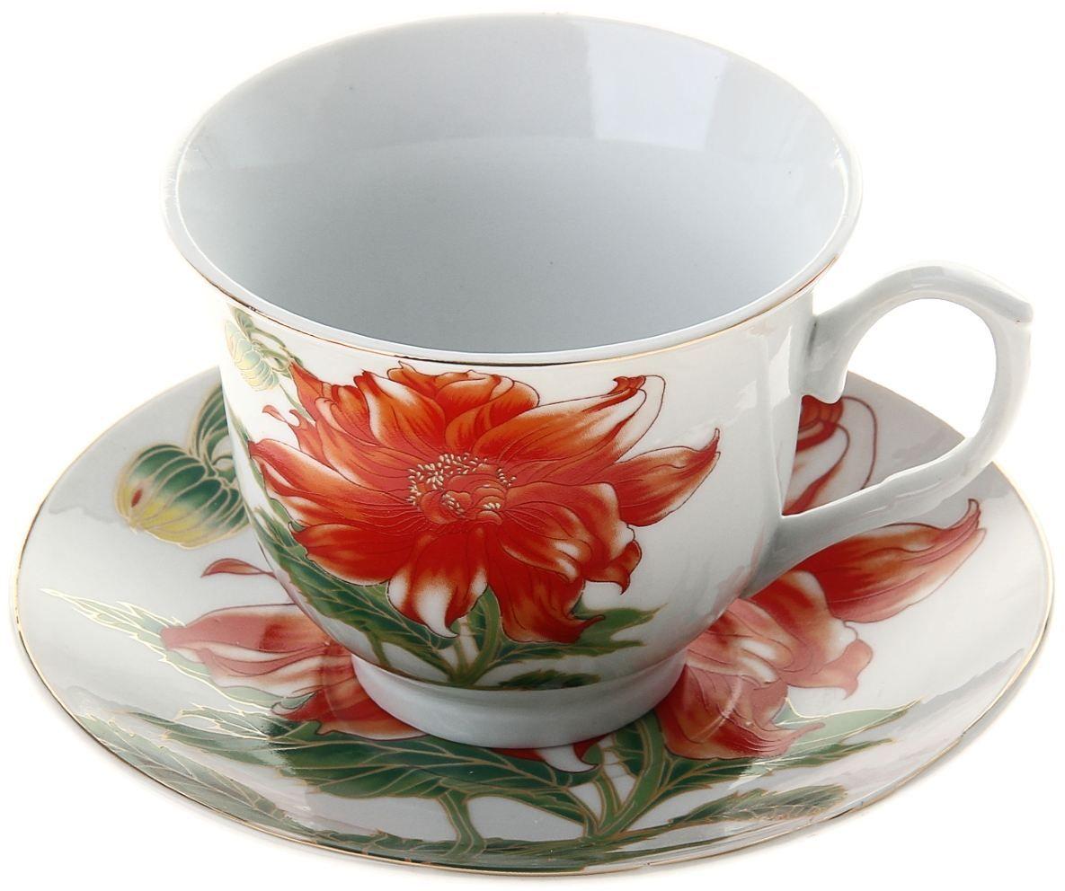 Чайная пара Доляна Ева, 2 предмета836499Какую посуду выбрать для чаепития? Конечно, традиционный напиток по необходимости можно пить и из помятой алюминиевой кружки. Но все-таки большинство хозяек стараются приобрести изящные и оригинальные модели для эстетического наслаждения неповторимым вкусом и тонким ароматом хорошего чая.Кухонная керамика сочетает в себе бытовую практичность и декоративную утонченность. Нарядный комплект обязательных для чаепития атрибутов изготовлен на родине древнего напитка и привнесет в каждую трапезу особую энергетику.