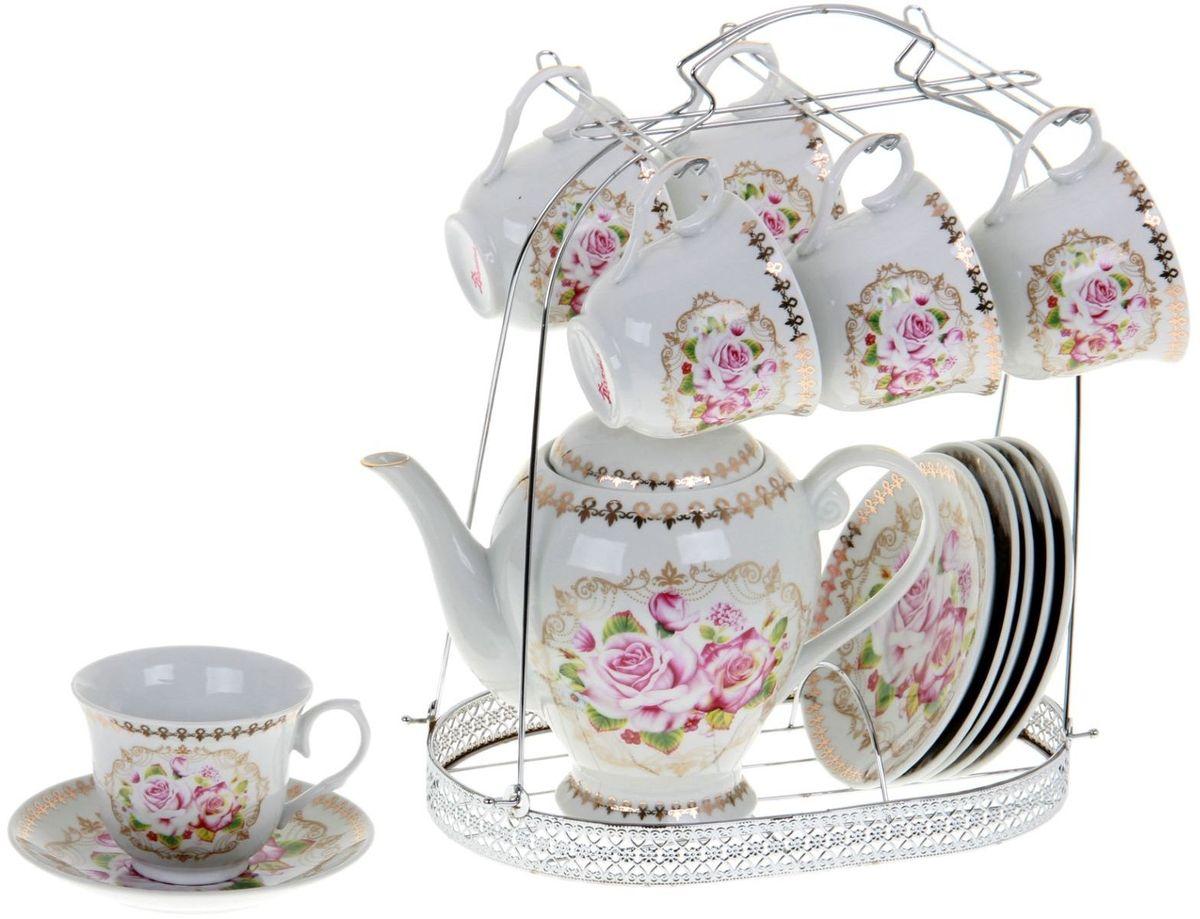 Сервиз чайный Доляна Затейница, 13 предметов867790Какую посуду выбрать для чаепития? Конечно, традиционный напиток по необходимости можно пить и из помятой алюминиевой кружки. Но все-таки большинство хозяек стараются приобрести изящные и оригинальные модели для эстетического наслаждения неповторимым вкусом и тонким ароматом хорошего чая.Кухонная керамика сочетает в себе бытовую практичность и декоративную утонченность. Нарядный комплект обязательных для чаепития атрибутов изготовлен на родине древнего напитка и привнесет в каждую трапезу особую энергетику.
