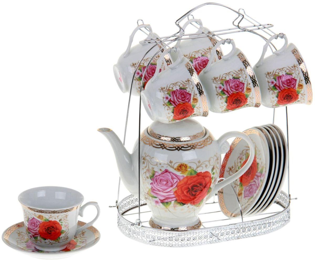 Сервиз чайный Доляна Эсмеральда, 13 предметов867793Какую посуду выбрать для чаепития? Конечно, традиционный напиток по необходимости можно пить и из помятой алюминиевой кружки. Но все-таки большинство хозяек стараются приобрести изящные и оригинальные модели для эстетического наслаждения неповторимым вкусом и тонким ароматом хорошего чая.Кухонная керамика сочетает в себе бытовую практичность и декоративную утонченность. Нарядный комплект обязательных для чаепития атрибутов изготовлен на родине древнего напитка и привнесет в каждую трапезу особую энергетику.