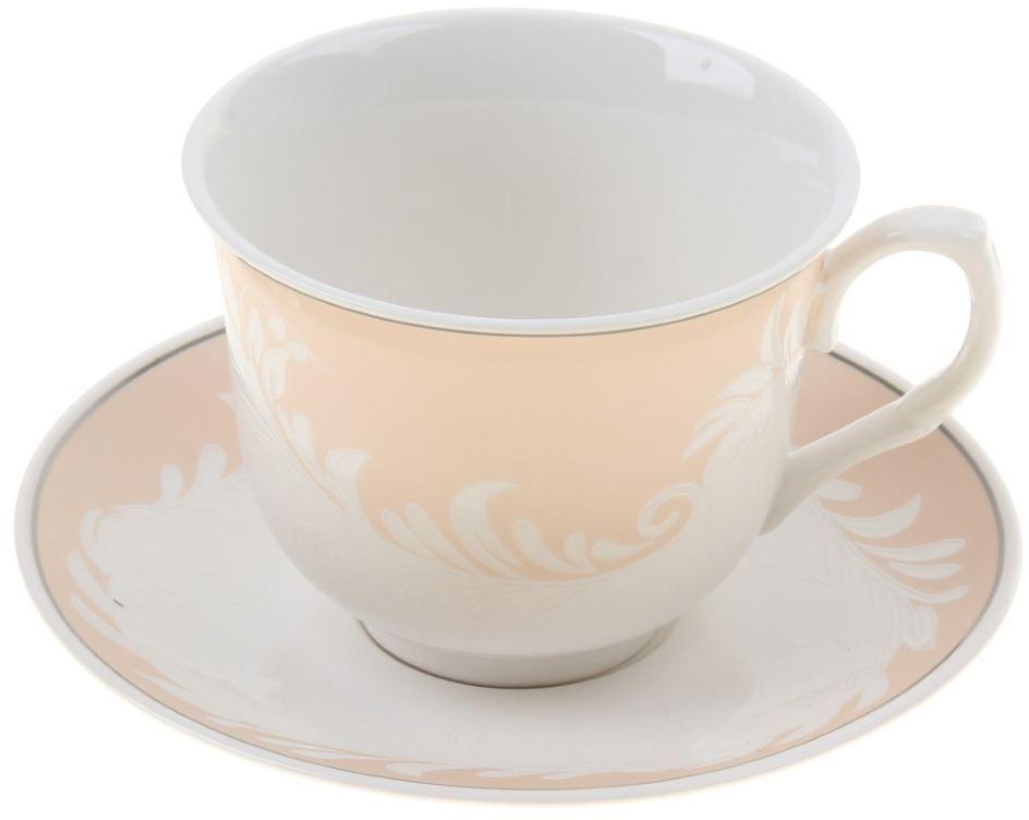 Чайная пара Доляна Мадлен, 2 предмета867802Какую посуду выбрать для чаепития? Конечно, традиционный напиток по необходимости можно пить и из помятой алюминиевой кружки. Но все-таки большинство хозяек стараются приобрести изящные и оригинальные модели для эстетического наслаждения неповторимым вкусом и тонким ароматом хорошего чая.Кухонная керамика сочетает в себе бытовую практичность и декоративную утонченность. Нарядный комплект обязательных для чаепития атрибутов изготовлен на родине древнего напитка и привнесет в каждую трапезу особую энергетику.