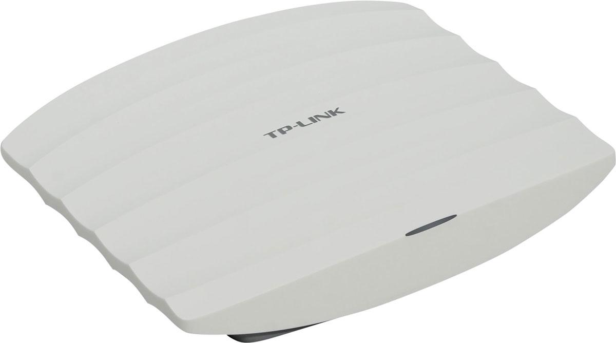 TP-Link EAP330 AC1900 точка доступаEAP330Комбинация следующего поколения стандарта Wi-Fi 802.11ac и современных технологий MIMO и TurboQAMпозволяет TP-Link EAP330 обеспечивать непревзойдённое качество Wi-Fi, достигая скорости до 1,9 Гбит/с: до600 Мбит/с на 2,4 ГГц и до 1300 Мбит/с на 5 ГГц.Чипсеты уровня Enterprise от Broadcom обеспечивают производительность уровня Enterprise, а именно болеевысокую стабильность работы и поддержку большего числа клиентов.Высокомощный усилитель, профессиональная антенна и специально разработанное экранированиеобеспечивают превосходную производительность беспроводной сети. Агрегирование каналов позволяетобъединить 2 проводных соединения для двойного увеличения пропускной способности и обеспечениязапасного подключения к Интернету.Airtime Fairness улучшает пропускную способность Wi-Fi, ограничивая доступ для устройств с низкой скоростью.Band Steering перемещает двухдиапазонныеустройства на более широкую и быструю частоту5 ГГц, улучшаяобщую производительность сети, в особенности в загруженной сетевой среде.Технология Beamforming позволяет обеспечивать более широкий канал Wi-Fi и увеличивать зону покрытия,создавая эффективные направленные Wi-Fi подключения.Быстрый и простой в настройке программный контроллер TP-Link EAP330 позволяет пользователям управлять ипросматривать состояние сотен точек доступа в различных локациях с одного контролирующего устройства.Возможность управлять, настраивать и отображать план сети с любого подключённого ПК делаетцентрализованное управление Wi-Fi ещё более эффективным и экономичным. Портал аутентификации обеспечивает удобный способ аутентификации гостей в сети Wi-Fi. Для получениядоступа в сеть пользователям будет необходимо выполнить определённые действия. Данные действия должныбыть верифицированы внешним сервером, подключённым к порталу, или настраиваемой администраторомбазой данных, и может заключаться в просмотре и соглашением с политикой доступа или вводом именипользователя и пароля. Низкопрофильная кон