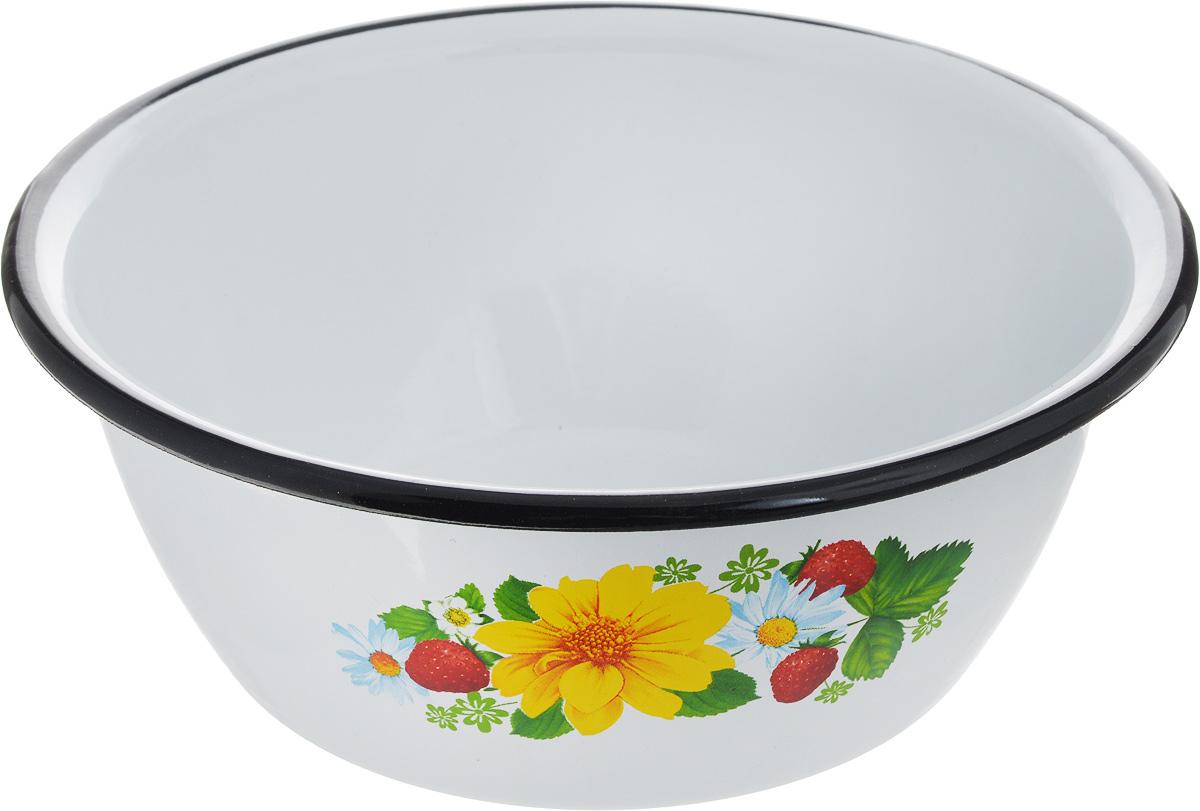 """Миска СтальЭмаль """"Земляника и цветы"""" изготовлена из стали с эмалированным покрытием. Такое покрытие защищает сталь от коррозии, придает посуде гладкую стекловидную поверхность и надежно защищает от кислот и щелочей. Миска подойдет для перемешивания продуктов, приготовления салатов и маринования мяса. Кроме того, изделие отлично подходит для приготовления пищи на природе. За счет компактного размера и формы миску удобно хранить в шкафу с другими кухонными принадлежностями. Миска СтальЭмаль """"Земляника и цветы"""" станет незаменимым аксессуаром на кухне любой хозяйки. Диаметр (по верхнему краю): 20 см. Высота стенки: 8 см."""