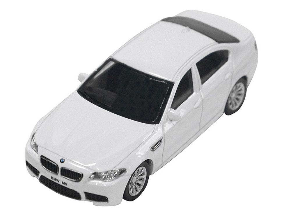 Pitstop Модель автомобиля BMW M5 цвет белый масштаб 1:43 pitstop модель автомобиля range rover evoque цвет белый