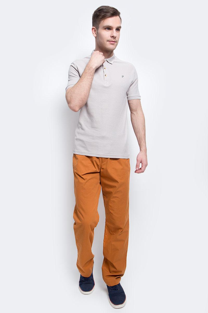 Брюки мужские Finn Flare, цвет: коричневый. S17-42006_611. Размер L (50)S17-42006_611Стильные мужские брюки Finn Flare станут отличным дополнением к вашему гардеробу. Модель изготовлена из высококачественного хлопка, она великолепно пропускает воздух и обладает высокой гигроскопичностью. Застегиваются брюки на пуговицу и ширинку на застежке-молнии. На поясе имеются шлевки для ремня. Эти модные и в тоже время удобные брюки помогут вам создать оригинальный современный образ. В них вы всегда будете чувствовать себя уверенно и комфортно.