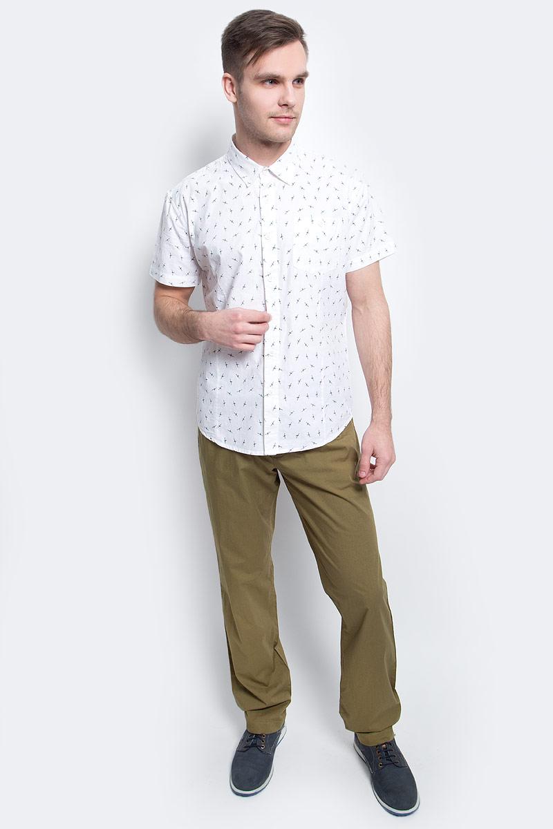 Рубашка мужская Finn Flare, цвет: белый. S17-24016_201. Размер XXXL (56)S17-24016_201Рубашка мужская Finn Flare выполнена из хлопка. Модель с отложным воротником и короткими рукавами застегивается на пуговицы.