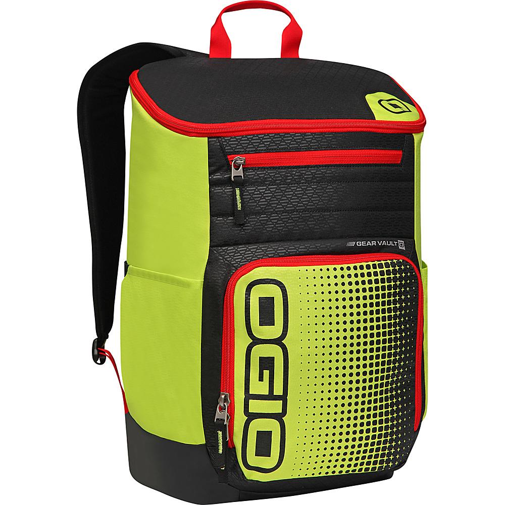 Рюкзак городской OGIO Active. C4 Sport Pack (A/S), цвет: желтый, черный, красный. 031652226890031652226890Городской рюкзак Active. C4 Sport Pack (A/S) - это удобнейший рюкзак для занятий спортом с огромным основным отделением и несколькими внешними карманами. Туда поместится экипировка практически для любого вида спорта. Рюкзак оснащен ручкой для переноски, двумя регулируемыми плечевыми ремнями. Имеются четыре наружных кармана (два из них на молнии и два - без застежки), одно объемное отделение с застежкой на молнию и три внутренних кармана без застежки.OGIO - высокотехнологичный продукт от американского производителя. Вместимые сумки для путешествий, работы и отдыха, специальная коллекция городских сумок для женщин, жесткие боксы под мелкий инвентарь и многое другое.