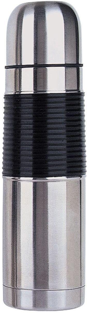 Термос дорожный BergHOFF Cook&Co, 750 мл2800690Термос дорожный BergHOFF Cook&Co будет вашим верным помощником в путешествиях. Корпус термоса выполнен из нержавеющей стали с матовой полировкой. Резиновая отделка позволяет удобно держать термос в руке. Теплоизолирующая двойная стенка колбы позволяет напитку долгое время оставаться горячим. Плотно закрывающаяся крышка предотвращает проливание. При помощи простого нажатия кнопки можно налить напиток, не снимая крышки. Верхнюю крышку можно использовать как чашку. Диаметр горлышка: 5 см. Диаметр основания: 8 см. Высота термоса: 29 см.