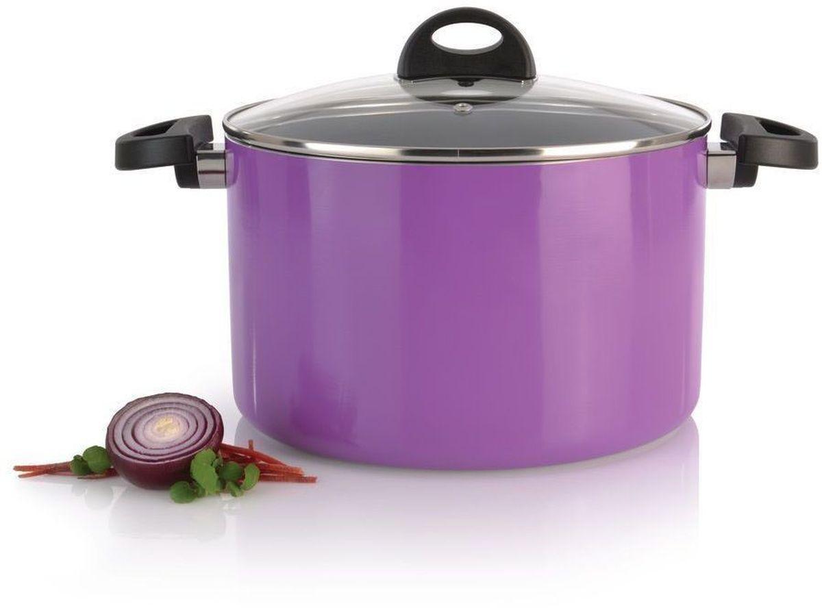 Кастрюля BergHOFF Eclipse, с крышкой, 6,6 л, цвет: фиолетовый3700146Прочная и простая в использовании посуда с быстрым и равномерным распределением тепла. Многослойное и армированное, антипригарное покрытие для удобного извлечения пищи и легкой чистки. Не содержит ни свинца, ни кадмия. Крышка обеспечивает эффективное закрытие: тепло сохраняется внутри кастрюли, что приводит к более быстрому разогреву, три вентиляционных отверстия предотвращают выплескивание. Благодаря стеклянной крышке можно наблюдать за ингредиентами в кастрюле. Не нужно поднимать крышку, растрачивая энергию и вкусовые качества. Ненагревающиеся ручки для дополнительного комфорта и безопасности.Кастрюля подходит для всех типов плит. Рекомендуется мытье вручную.