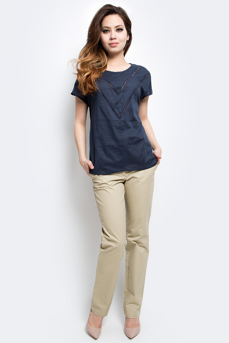 Блузка женская Finn Flare, цвет: темно-синий. S17-12025_101. Размер XXL (52)S17-12025_101Блузка женская Finn Flare выполнена из натурального хлопка. Модель с круглым вырезом горловины и короткими рукавами.