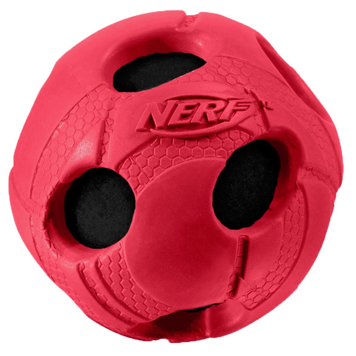 Игрушка для собак Nerf Мяч, с отверстиями, цвет: красный, 5 см22262Мяч Nerf из прочной резины с теннисным мячом внутри.Высококачественные прочные материалы, из которых изготовлена игрушка, обеспечивают долговечность использования.Звук мяча дополнительно увлекает собаку игрой.Мяч имеет яркие привлекательные цвета и рельефный рисунок.Размер XS: 5 см.