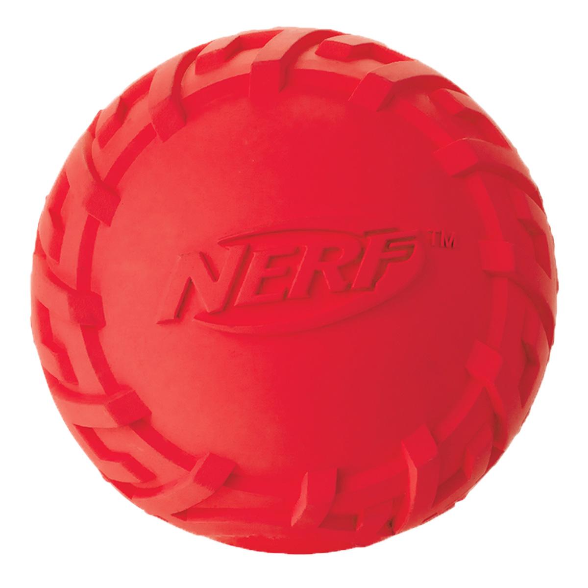 Игрушка для собак Nerf Мяч резиновый, с пищалкой, цвет: красный, диаметр 7,5 см игрушка для животных каскад мяч мина резиновый цвет красный 10 см
