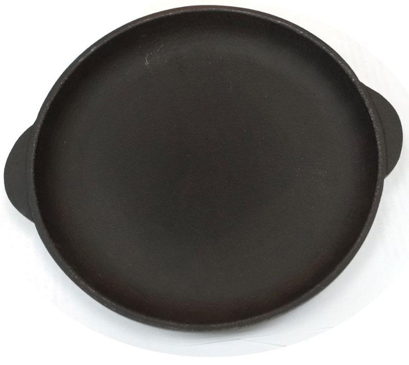 """Сковорода """"Эколит"""" прекрасно подойдет для приготовления блинов. Она выполнена из чугуна. Сковорода имеет покрытие устойчивое к царапинам. Идеальна для приготовления пищи с минимальным количеством масла. Изделие оснащено двумя ручкой.   Внутренний диаметр: 18 см. Размер сковороды (с учетом ручек):  21,5 х 19 х 2,5 см.     Уважаемые клиенты! Для сохранения свойств посуды из чугуна и предотвращения появления ржавчины чугунную посуду мойте только вручную, горячей или теплой водой, мягкой губкой или щёткой (не металлической) и обязательно вытирайте насухо. Для хранения смазывайте внутреннюю поверхность посуды растительным маслом, а перед следующим применением хорошо накалите посуду.    Простой рецепт блинов на Масленицу – статья на OZON Гид."""