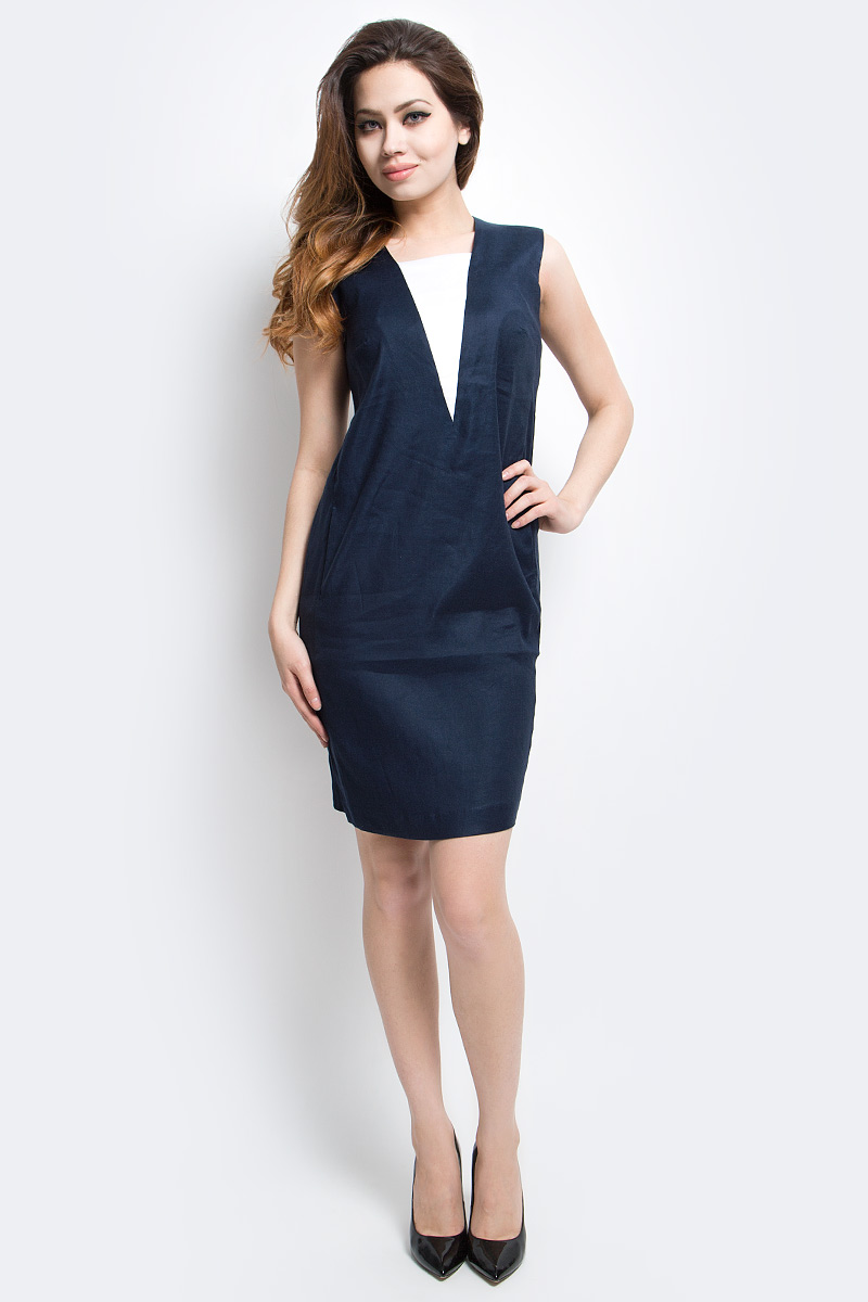 Платье Finn Flare, цвет: темно-синий. CS17-17016_101. Размер M (46)CS17-17016_101Платье Finn Flare выполнено из льна, вискозы и эластана. Модель по бокам дополнена карманами.