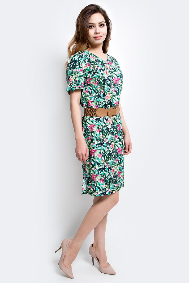 Платье Finn Flare, цвет: светло-зеленый. S17-12005_513. Размер M (46)S17-12005_513Платье Finn Flare выполнено из вискозы. Модель с V-образным вырезом горловины и короткими рукавами.