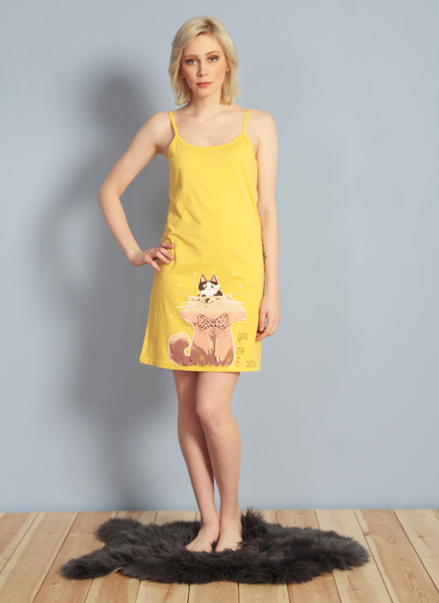 Платье домашнее Vienettas Secret, цвет: желтый. 611085 0000. Размер L (48)611085 0000Домашнее платье Vienettas Secret выполнено из 100% натурального хлопка. Изделие на бретельках имеет глубокое декольте с круглым вырезом и длину мини. Модель не стесняет движений и комфортна для домашней носки. Платье выполнено в однотонном дизайне и дополнено изображением котов.