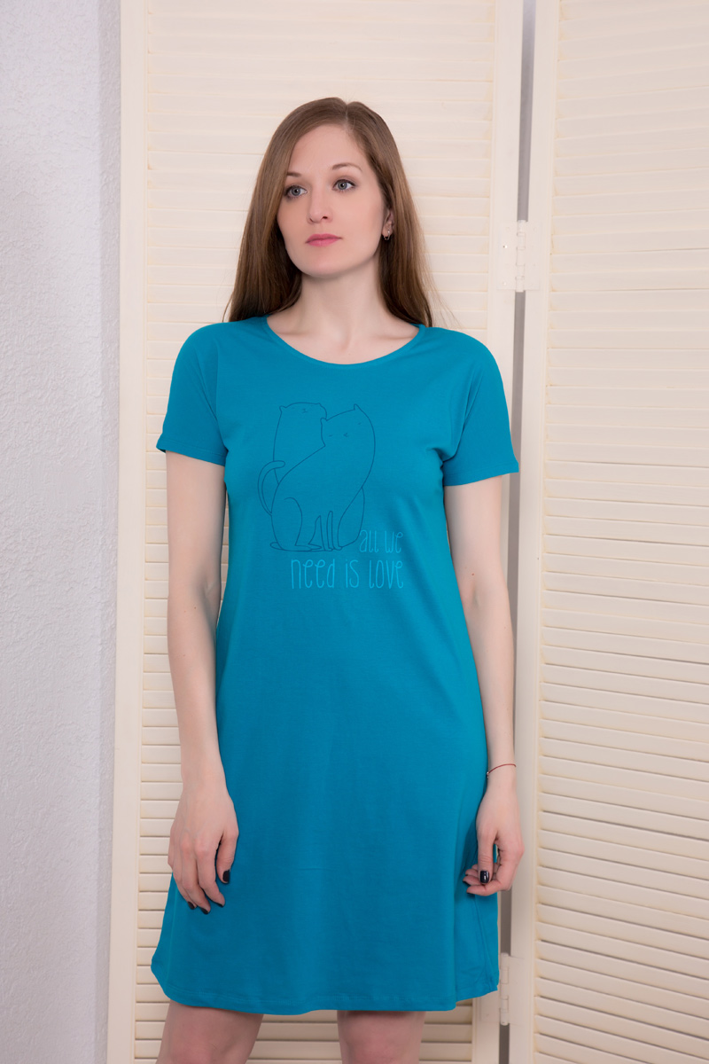 Платье домашнее Violett, цвет: бирюзовый. 17110734. Размер S (44)17110734Домашнее платье Violett выполнено из натурального хлопка. Платье-миди с круглым вырезом горловины и короткими рукавами оформлено стильным принтом.