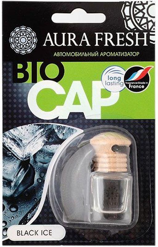 Ароматизатор автомобильный Aura Fresh Bio Cap. Black IceAUR-BC-0002Ароматизатор автомобильный Aura Fresh крепится с помощью компактной веревки на фронтальное обзорное зеркало автомобиля или любое другое удобное место.Миниатюрная емкость заполнена легким ароматом, окутывающим пространство внутри салона. Водителю больше не понадобится все время открывать окна для проветривания. Диффузор поддерживает ощущение чистоты и свежести. Ароматическая композиция раскрывается постепенно и ненавязчиво и обеспечивает нежный запах, который сохраняется максимально долго.