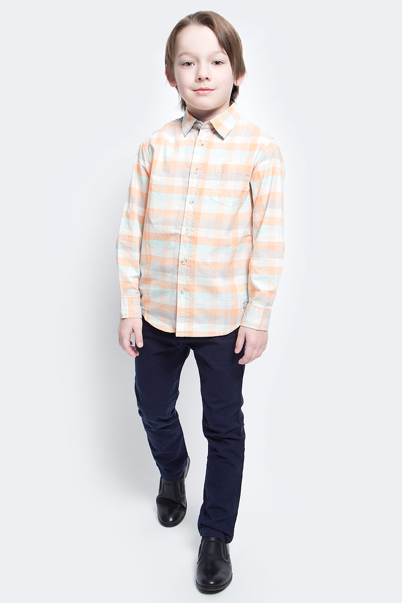 Рубашка для мальчика Sela, цвет: оранжевый, белый, голубой. H-812/179-7121. Размер 128, 8 летH-812/179-7121Рубашка для мальчика Sela выполнена из натурального хлопка. Рубашка с длинными рукавами и отложным воротником застегивается на пуговицы спереди. Манжеты рукавов также застегиваются на пуговицы. Рубашка оформлена принтом в клетку. На груди расположен накладной карман.